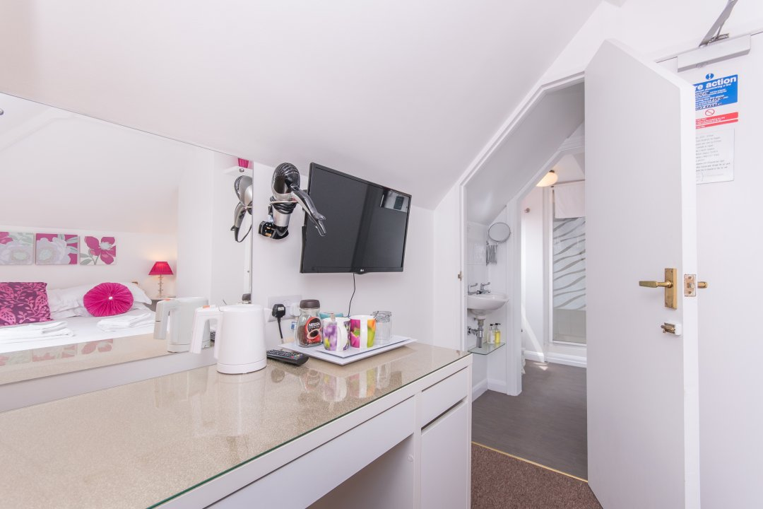 Facilities at The Mariners Guest House, Poole, Dorset